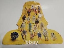 Star Wars Vintage Lot Of 31 Different Action Figures/Weapons And Carrying Case