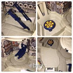 Vintage (Loose, 100% Complete, Working) 1979 Kenner Star Wars Millennium Falcon