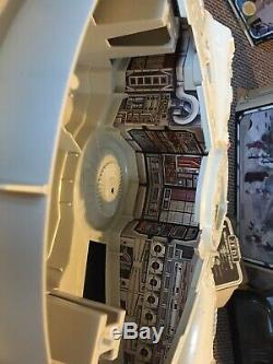 1981 Vintage Star Wars Millennium Falcon Rare Mono Rotj Boîte Boxed Millenium