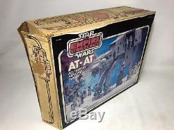 Boîte Marchante Rare De Kenner De Boxeur Rare De Star Wars At-at Emballé Et Fonctionnant