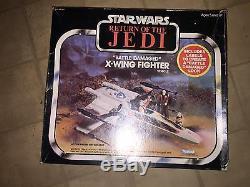 Combattant De La Guerre De Jedi Endommagé De La Bataille De Retour Du Jedi