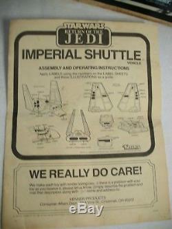 Navette Impériale Vintage De Star Wars 1984 Avec La Boîte, Les Instructions Et L'empereur 1984