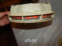 Vintage 1981 Kenner Star Wars Millenium Falcon Complet En Boîte. Génial