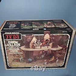 Vintage 1983 Kenner Star Wars Retour Du Jedi Ewok Village Jeu Coffret Rare