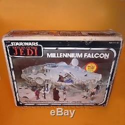 Vintage 1983 Kenner Star Wars Retour Du Jedi Rotj Millennium Falcon Boxed