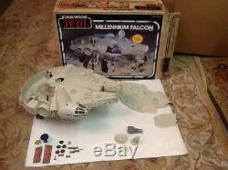 Vintage 1983 Rotj Kenner Star Wars Millennium Falcon Presque Complet Avec Boîte