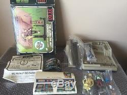 Vintage Kenner 1984 Étoiles Guerres Rotj Jabba Le Hutt Dungeon Jeu De Jeu D'action / Inutilisé